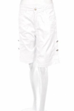 Дамски къс панталон Micha, Размер M, Цвят Бял, 97% памук, 3% еластан, Цена 4,50лв.