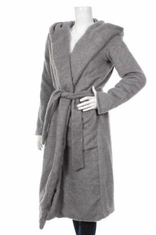 Дамско палто Reserved