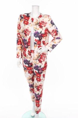 Дамски костюм Nife