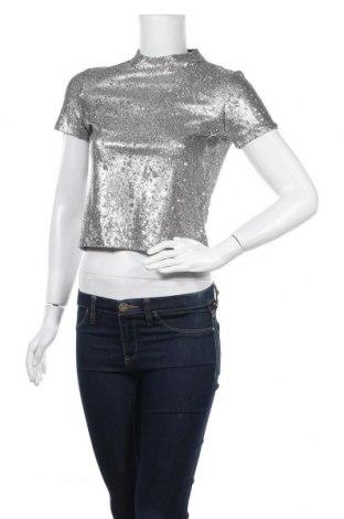 Дамска блуза Zara Trafaluc, Размер S, Цвят Сребрист, Цена 31,35лв.