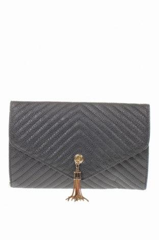 Γυναικεία τσάντα Charlotte Russe, Χρώμα Μαύρο, Δερματίνη, Τιμή 14,36€