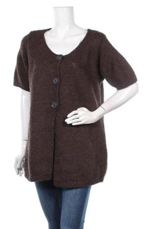 Γυναικεία ζακέτα, Μέγεθος M, Χρώμα Καφέ, 40% μαλλί από αλπακά, 30%ακρυλικό, 30% μαλλί, Τιμή 5,46€
