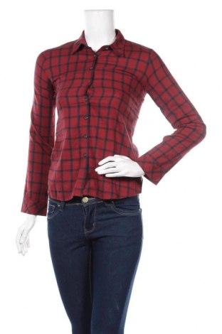 Дамска риза, Размер M, Цвят Червен, Цена 8,40лв.