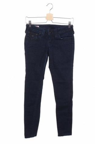 Дамски дънки True Religion, Размер S, Цвят Син, 98% памук, 2% еластан, Цена 12,60лв.