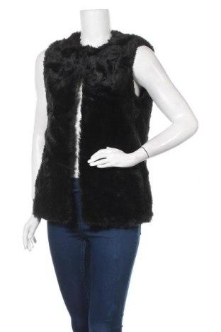 Дамски елек Bershka, Размер S, Цвят Черен, 62% акрил, 38% полиестер, Цена 27,93лв.