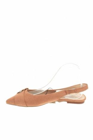 Дамски обувки Parfois, Размер 38, Цвят Розов, Текстил, Цена 22,42лв.