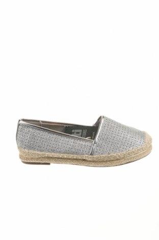 Γυναικεία παπούτσια Xti, Μέγεθος 37, Χρώμα Ασημί, Δερματίνη, Τιμή 8,51€