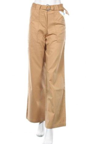 Дамски панталон Desigual, Размер S, Цвят Бежов, 96% памук, 4% еластан, Цена 21,97лв.