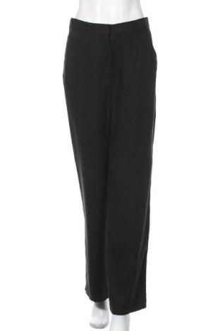 Дамски панталон Selected Femme, Размер M, Цвят Черен, Лиосел, Цена 21,17лв.