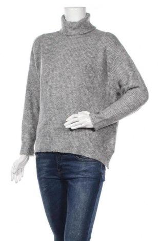Дамски пуловер H&M Divided, Размер XS, Цвят Сив, 68% акрил, 26% полиуретан, 3% еластан, Цена 28,35лв.