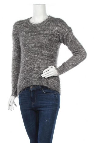 Дамски пуловер Janina, Размер M, Цвят Сив, 52% полиамид, 45% акрил, 3% метални нишки, Цена 7,56лв.
