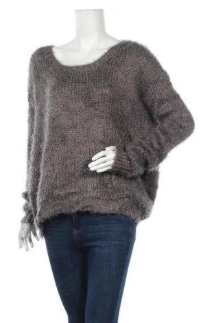 Дамски пуловер Le Chateau, Размер L, Цвят Сив, 84% акрил, 16% полиамид, Цена 20,32лв.