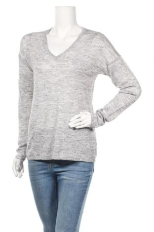 Дамски пуловер S.Oliver, Размер M, Цвят Сив, 50% полиакрил, 40% вискоза, 10% полиамид, Цена 26,25лв.