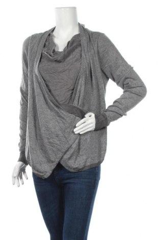 Дамски пуловер Siste`s, Размер L, Цвят Сив, 28% полиамид, 25% вискоза, 20% вълна, 20% кашмир, 7% коприна, Цена 12,18лв.