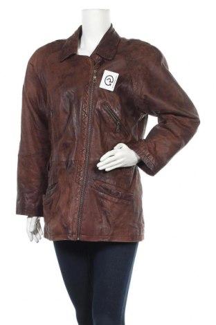 Дамско кожено яке, Размер M, Цвят Кафяв, Естествена кожа, Цена 15,96лв.