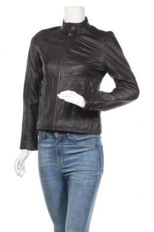 Дамско кожено яке S.Oliver, Размер S, Цвят Кафяв, Естествена кожа, Цена 73,82лв.