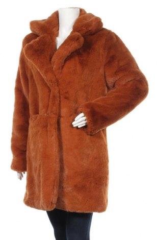 Дамско палто Amisu, Размер M, Цвят Кафяв, Полиестер, Цена 52,92лв.