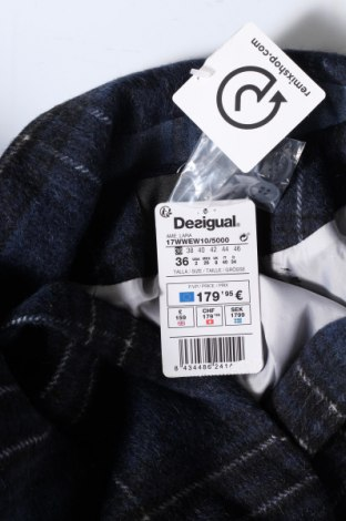 Дамско сако Desigual, Размер S, Цвят Син, 57% вълна, 27% полиестер, 10% полиамид, 5% памук, 1% акрил, Цена 186,75лв.