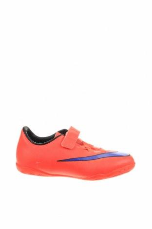 Детски обувки Nike, Размер 27, Цвят Оранжев, Еко кожа, Цена 106,47лв.
