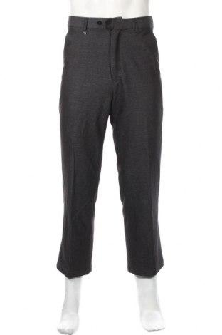 Мъжки панталон, Размер S, Цвят Сив, Цена 2,00лв.