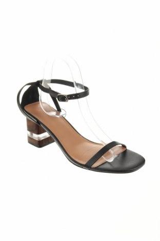 Σανδάλια Reserved, Μέγεθος 40, Χρώμα Μαύρο, Γνήσιο δέρμα, Τιμή 20,65€
