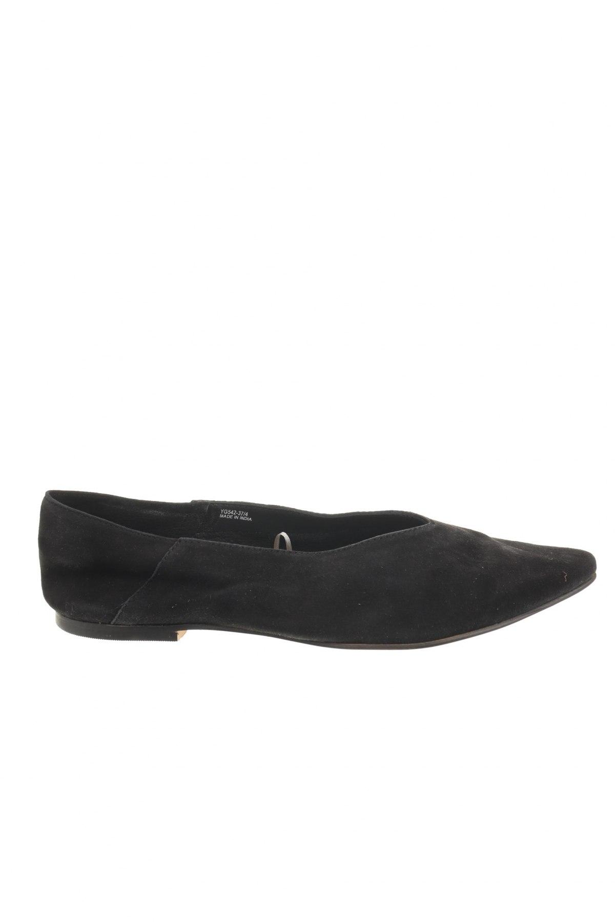 Дамски обувки Reserved, Размер 37, Цвят Черен, Естествен велур, Цена 17,80лв.