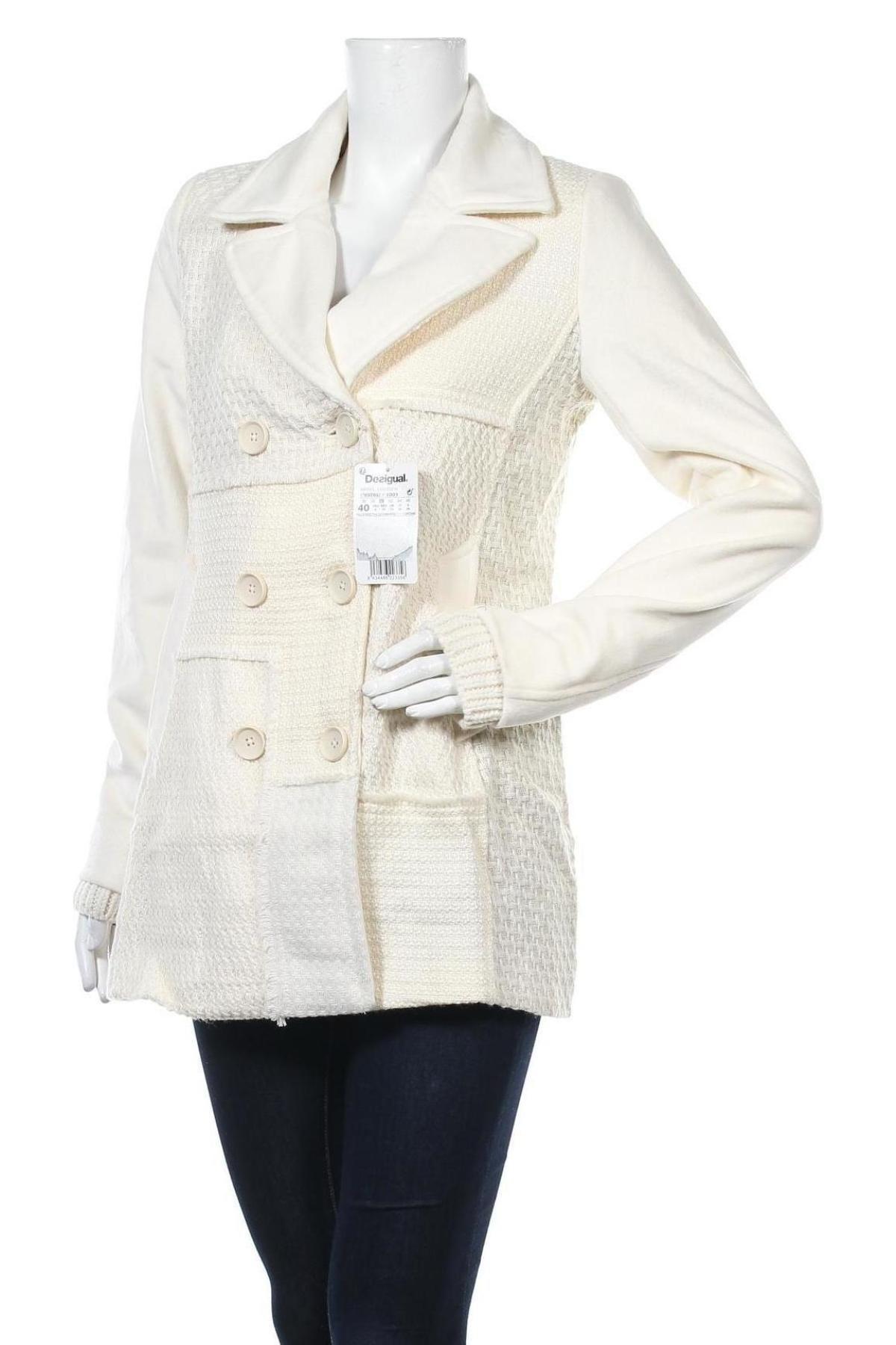 Дамско палто Desigual, Размер L, Цвят Бял, 40% полиестер, 35% вълна, 21% акрил, 3% полиамид, 1% еластан, Цена 201,75лв.