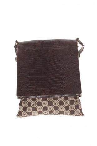 Dámska kabelka Emporio Armani - za výhodnú cenu na Remix -  8979731 52116d0f64b