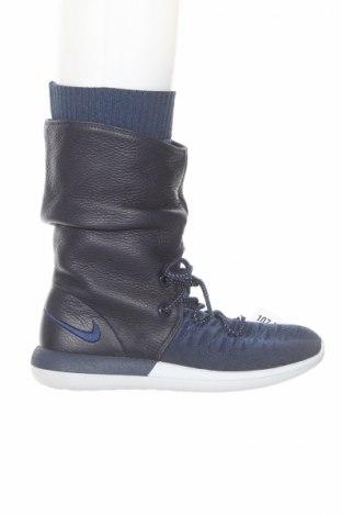 Дамски ботуши Nike