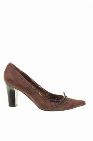 Дамски обувки, Размер 38, Цвят Кафяв, Естествен велур, Цена 11,00лв.