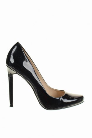 Γυναικεία παπούτσια Zara