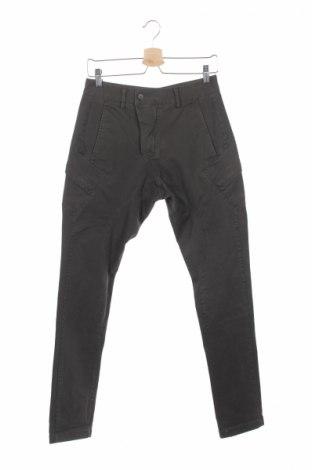 Мъжки панталон Devred 1902, Размер XS, Цвят Зелен, 98% памук, 2% еластан, Цена 18,17лв.