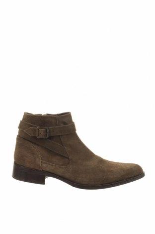 Дамски обувки ASOS, Размер 41, Цвят Зелен, Естествен велур, Цена 45,36лв.