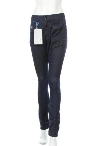 Дамски дънки G-Star Raw, Размер M, Цвят Син, 98% памук, 2% еластан, Цена 42,12лв.