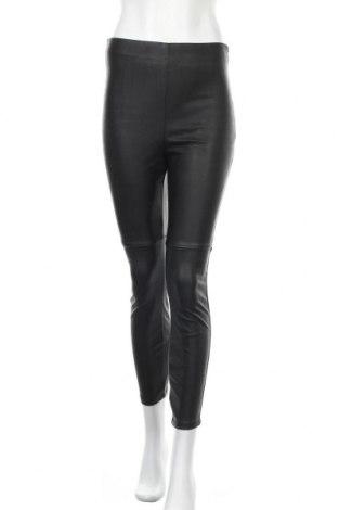 Дамски кожен панталон River Island, Размер XS, Цвят Черен, Еко кожа, Цена 41,40лв.