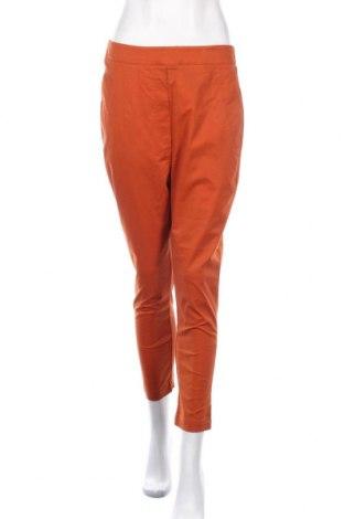 Дамски панталон Moochi, Размер M, Цвят Оранжев, 97% памук, 3% еластан, Цена 42,53лв.