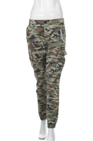 Дамски панталон Tally Weijl, Размер L, Цвят Многоцветен, 98% памук, 2% еластан, Цена 41,95лв.