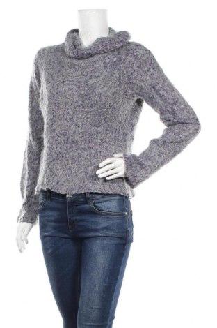Дамски пуловер, Размер L, Цвят Сив, 56% акрил, 40% полиамид, 4% полиестер, Цена 7,56лв.