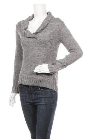 Дамски пуловер, Размер S, Цвят Сив, 97% акрил, 2% полиестер, 1% метални нишки, Цена 6,30лв.