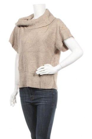 Дамски пуловер Lana Lee, Размер M, Цвят Бежов, 70% акрил, 30% вълна, Цена 6,30лв.