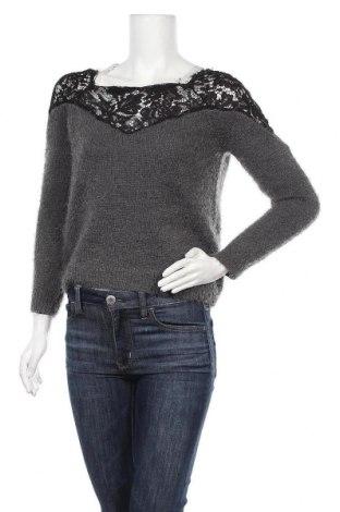 Дамски пуловер ONLY, Размер XS, Цвят Сив, 68% полиестер, 25% акрил, 7% памук, Цена 19,11лв.
