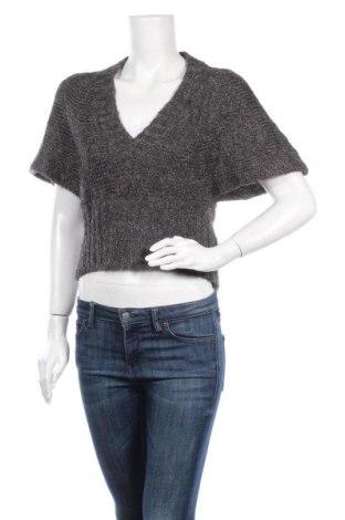 Дамски пуловер Rinascimento, Размер M, Цвят Сив, 19% вълна, 43% полиамид, 38% акрил, Цена 13,04лв.