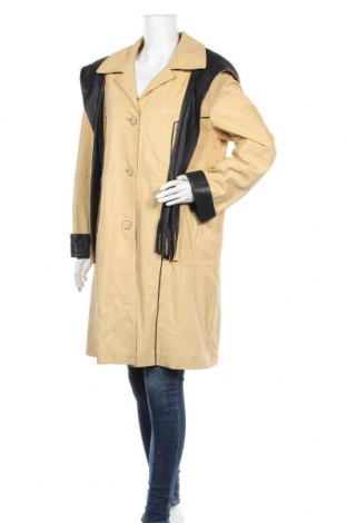Дамско кожено палто, Размер L, Цвят Жълт, Естествена кожа, Цена 123,69лв.