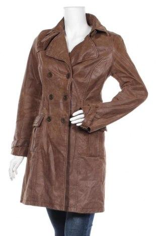 Дамско кожено палто, Размер M, Цвят Кафяв, Естествена кожа, Цена 32,81лв.