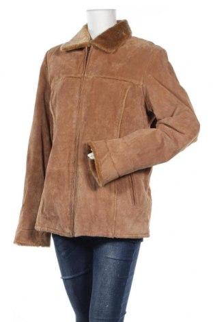 Дамско кожено палто TCM, Размер L, Цвят Бежов, Естествен велур, Цена 19,43лв.
