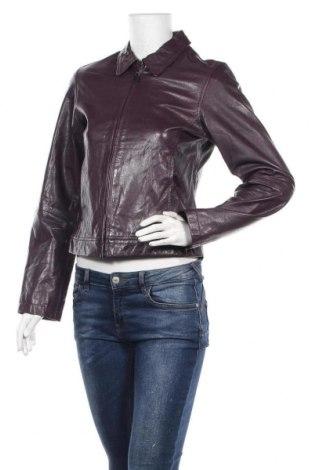 Дамско кожено яке S.Oliver, Размер M, Цвят Лилав, Естествена кожа, Цена 88,78лв.