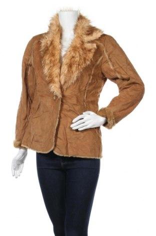 Дамско палто, Размер S, Цвят Кафяв, Полиестер, Цена 12,60лв.