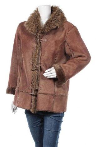 Дамско палто, Размер XL, Цвят Кафяв, 55% полиестер, 45% полиакрил, Цена 12,60лв.