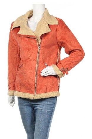 Дамско палто, Размер L, Цвят Оранжев, 90% полиестер, 10% еластан, Цена 12,47лв.
