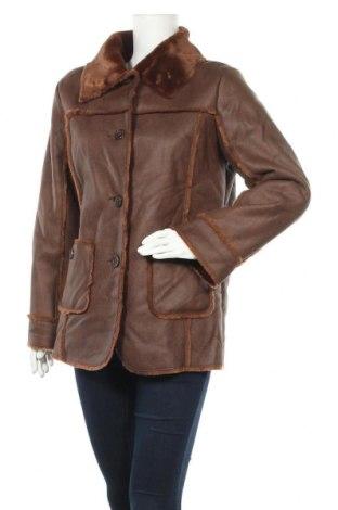 Дамско палто, Размер M, Цвят Кафяв, Полиестер, Цена 29,30лв.